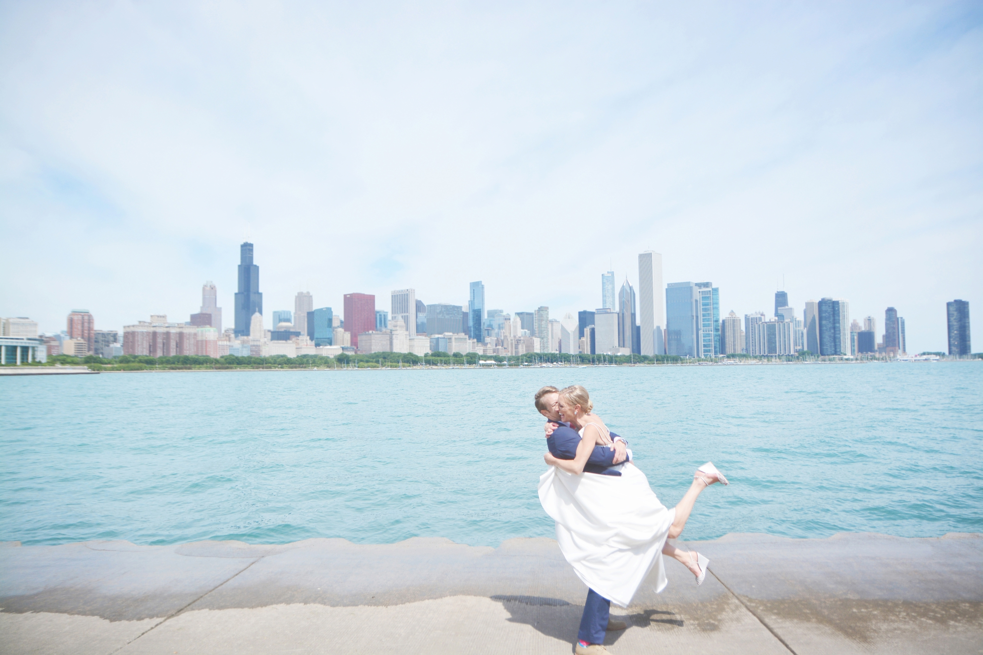 ovation-chicago-wedding-photography-100-layer-cake-six-hearts-photography002